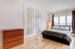 Appartement 112m² à Montréal chambre 2