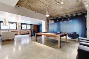 Appartement 51 m² à Montréal billard