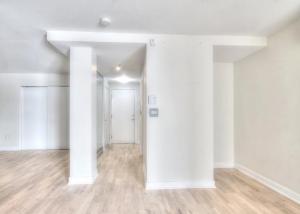 Appartement 16m² à Montréal couloirs
