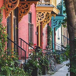 devanture maison colorées montréal
